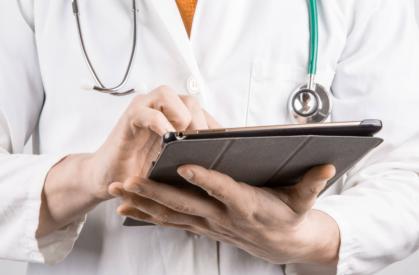 Помогает ли гугл переводчик врачу